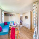 intérieur mobil-home camping lesvikings